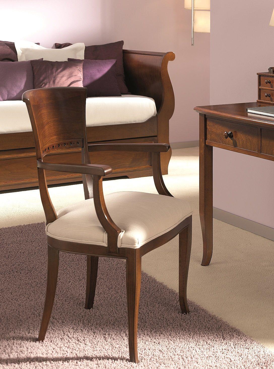 Elegant classic armchair